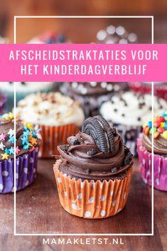 Met afscheidstraktaties neemt je kind op gepaste manier afscheid van het kinderdagverblijf, de peuterspeelzaal of de gastouder. Er zijn heel veel verschillende leuke traktatie ideeënte vinden en ik heb de leukste afscheidstraktaties voor je opgezocht. Birthday Treats, Kids Meals, Diy And Crafts, Oreo, Sweets, Cupcake, Desserts, Gaia, Food