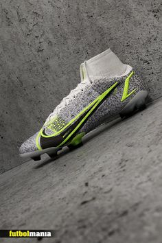 Soccer Boots, Football Boots, Football Soccer, Nike Mercurial Superfly, Nike Cleats, Formal Shoes, Man, Sneakers, Safari