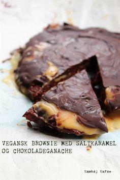 Vegansk brownie med peanut butter, saltkaramel og chokoladeganache
