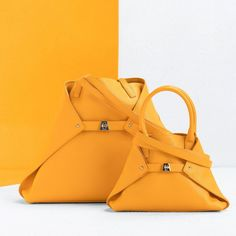 Shine as bright as the sun and take the summer with you whereve you go with our new Akris Ai Messenger bag. Medium Bags, Longchamp, Bucket Bag, Messenger Bag, Pouch, Handbags, Pure Products, Tote Bag, Leather