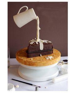 Gravity cake gâteau au chocolat et pot de crème