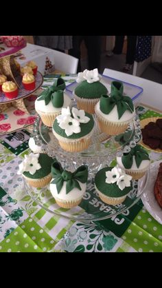 MacMillan Coffee Morning Cupcakes