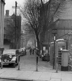 New Walk 1950s Leicester England, Nottingham City, Great Britain, Old Houses, Vintage Photos, Derby, 1950s, British, Street View