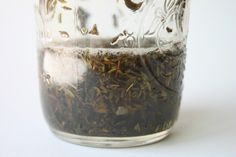 Delighted Momma: Skin Care Tip *DIY Thyme Clear Complexion Toner*