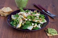 Receta: Dolli Irigoyen/Ensalada de espinacas frescas
