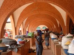 Aga Khan Award For architeture | Central market | Koudougou, Burkina Faso| On a construction level, the innovative use of compressed earth blocks was intended to demonstrate the aesthetic and environmental potential of the local material.