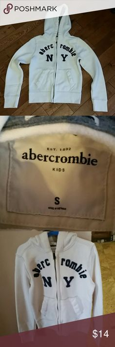 Abercrombie hoodie Zippered hoodie in beige color, excellent condition abercrombie kids Shirts & Tops Sweatshirts & Hoodies