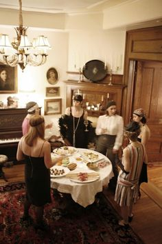 American style | 1920s murder mystery dinner party | Fashion