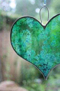 Turquoise and Green painted glass heart ornament . this could be done on vellum for a heart card . I Love Heart, With All My Heart, Happy Heart, Heart In Nature, Heart Art, Mosaic Glass, Stained Glass, Glass Art, Leaded Glass