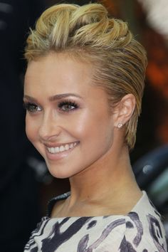 Jennifer Lawrence gets a pixie crop: Hunger Games star debuts new short hair! photo