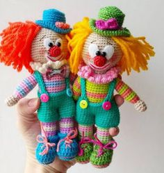 In this article we will share the amigurumi clown crochet free english pattern. Amigurumi related to everything you can not find and share with you. Crochet Patterns Amigurumi, Amigurumi Doll, Crochet Dolls, Crochet Gifts, Cute Crochet, Crochet Mignon, Ty Beanie Boos, Crochet Projects, Free Pattern