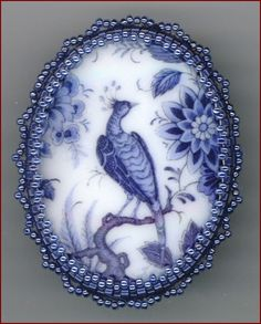 Peacock Cabochon - Kathy Shaw