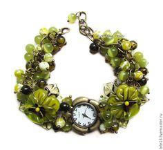 """Купить """"Оливковая роща"""" наручные часы с бусинами лэмпворк - оливковый, часы, часики, женские часы"""