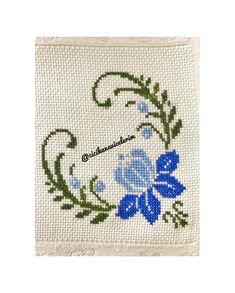 Cross Stitch Heart, Modern Cross Stitch, Counted Cross Stitch Patterns, Cross Stitch Designs, Cross Stitch Embroidery, Swedish Embroidery, Paper Rosettes, Cross Stitch Kitchen, Bargello