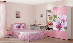 muebles estampas flores dormitorio chica
