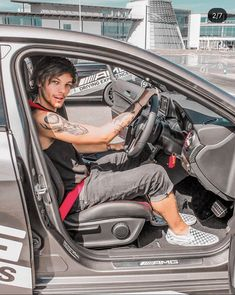 One Direction Tattoos, One Direction Posters, One Direction Harry Styles, One Direction Pictures, Mercedes Benz World, The Brave One, Louis Tomilson, Louis Williams, 1d And 5sos
