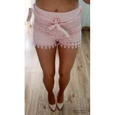 Przepiękne pudrowo-różowe koronkowe szorty