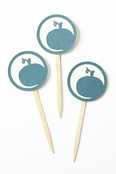"""Add a pumpkin to your """"patch"""" of cupcakes! Details -set of 12 Pumpkin Cupcake Toppers -pumpkin measures approx 2 inches tall, with stick it is approx 4 inches tall -made with teal card stock with a white backing -single sided Halloween Cupcake Toppers, Food Picks, Pumpkin Cupcakes, A Pumpkin, Thanksgiving, Fall, Holiday, Party, Etsy"""
