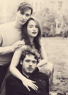 Viserys (Harry Lloyd). Daenerys (Emilia Clarke), Robb (Richard Madden).