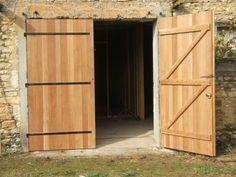 Garage To Living Space, Wooden Garage Doors, Side Gates, Backyard Storage, Shed Doors, Garage Workshop, Diy Door, Sliding Doors, Cottage