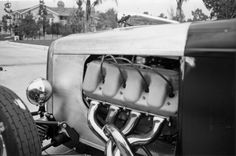 Construction photo of Frank Currie's '32 Bonneville Roadster #258.