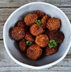 Csicseris-cukkini fasírt Ethnic Recipes, Food, Essen, Meals, Yemek, Eten