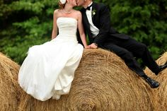the cutest country wedding picture ever!