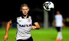 O Atlético-MG está em busca de reforços e um dos nomes que pode ser anunciado nos próximos dias é o do meia-atacante Marlone, do Corinthians.