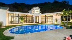 Lea Michele's New Mansion | Photo 1 | TMZ.com