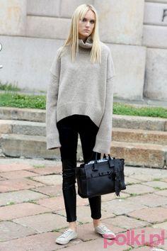 Modelka po pokazie na Milan Fashion Week