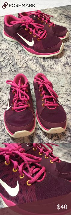 NEW Nike running sneakers. Woman's 6. Pink ‼️SPRING CLEANING-MAKE OFFERS 💳‼️💐🙃 I WILL SHIP THE SAME DAY‼️ALL OF MY ITEMS ARE PRACTICALLY NEW-CLOTHES/SHOES/ACCESSORIES-NEVER WORN MORE THEN ONCE OR TWICE IF THAT🙄😑GOOD FOR YOU GUYS (if otherwise stated flaws) 😜💥EVERYTHING MUST GO‼️➖ NEW NIKE running sneakers. Magenta and pink with white check. Mesh material. Woman's 6 Nike Shoes Athletic Shoes