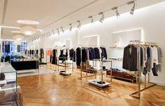 Ven a conocer nuestras tiendas en Juan Flórez 41, A Coruña.