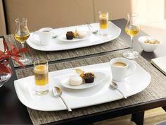 Máte chuť spolu být sami a vytvořit si noblesní atmosféru - použijte velké talíře, omáčku k dezertu naservírujte do sklenky na panáka a kávu servírujte na podnose místo podšálku. Urban Nature a Newwave. www.luxurytable.cz