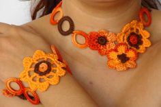Summer crochet necklace and bracelet set in light orange , flower chocker and bracelet set crochet