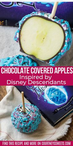 We partnered with Disney Book Group to share with you how to make fun Chocolate Covered Apples inspired by the newest addition to the bestselling Disney Descendants series, #EscapefromtheIsleofthe Lost! -how to make Chocolate Covered Apples Inspired by Disney Descendants