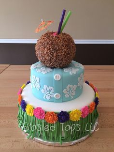 Hawaiian theme cake by Frosted Tops LLC made with the Hibiscus Medallion Silicone Onlay