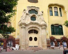 Art Nouveau, Budapest / Corner of Szondi St. / The Sonnenberg House was built in 1904.