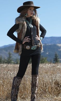 Cowgirl Winter Fashion by Ken Amorosano Refugio RoadYou can find Cowgirl style and more on our website.Cowgirl Winter Fashion by Ken Amorosano Refugio Road Cowgirl Style Outfits, Rodeo Outfits, Country Girls Outfits, Cowboy Outfits For Women, Country Western Fashion, Western Chic, Western Wear, Western Dresses, Estilo Cowgirl