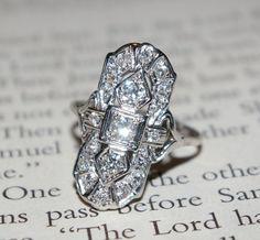 Love, love, love this vintage ring!