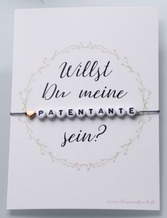 Ideen, um die Patin zu fragen - Happy Baby - Baby and Pregnancy Happy Baby, Bebe Video, Cards Ideas, Baby Zimmer, Baby Kind, Baby Wearing, Baby Gear, Baby Names, Baby Room