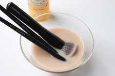 How to clean your makeup brushes: Fill a small bowl with 1 cup of lukewarm water Add 1 tsp of baby shampoo ( I use Burt's Bees Baby Bee Shampoo & Wash) Swirl your brushes in the mixture and use your fingers to gently clean each brush Rinse your brushes in lukewarm water to remove any soapy residue Reshape your brushes and lay flat to dry