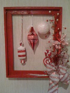 321 Best Picture Frame Wreath Images In 2019 Christmas Wreaths