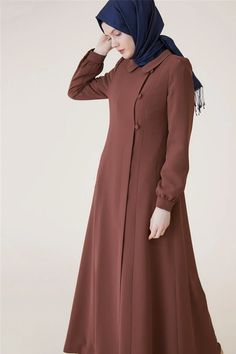 Abaya Designs, Kurta Designs Women, Abaya Fashion, Fashion Dresses, Long Denim Dress, Moslem Fashion, Beautiful Pakistani Dresses, Sleeves Designs For Dresses, Modest Dresses