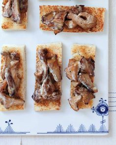 Toast Toppers // Chanterelle Toasts Recipe
