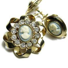 Vintage Rhinestone Jewelry Cameo Brooch and by jewelrybyNaLa