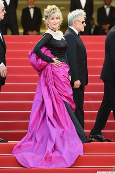 Jane Fonda Rocks Black And Pink Gown Like A Queen At 2015 Cannes Film Festival