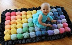 DIY Bubble Quilt - perfect for tiny tushies - Lynn (mom), this would be a great baby gift; Baby Crafts, Fun Crafts, Puff Blanket, Bubble Blanket, Patch Bordado, Biscuit Quilt, Bubble Quilt, Sewing Projects, Craft Projects