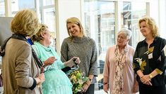 Queen Máxima attended a conference of MS International Federation and King Willem-Alexander Queen Maxima held a lunch at Hague Noordeinde. Natan dress
