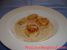 scallops in a sherry cream sauce. This website is good for me because I love seafood but don't always know how too cook it