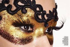 #mask makeup Face Paint Schmink Masker Goud